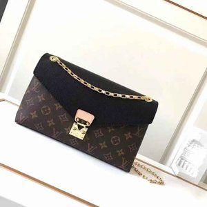 LV Louis Vuitton Pallas Chain Bag
